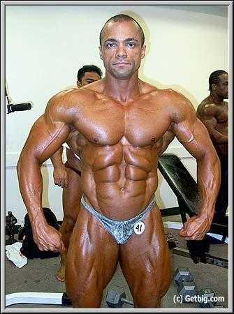 Resultado de imagem para Ronny Camacho bodybuilder
